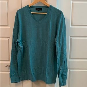 LIKE NEW Banana Republic Lux v-neck sweater